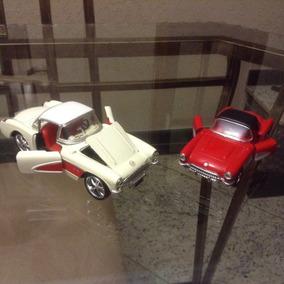2 Mini/ Corvette 1957 (sunnyside / Welly ). Cx. Acrílico