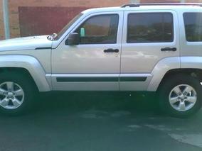 Jeep Liberty Sport 4x2 At 2011