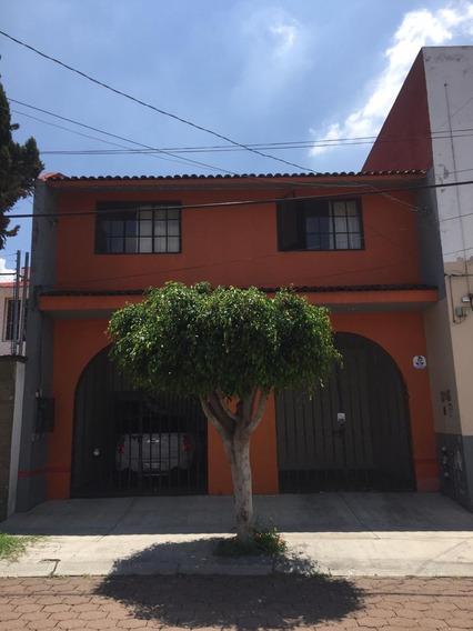 Renta Hermoso Y Amplio Departamento Muy Cerca De Los Arcos