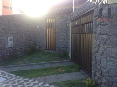 Casa Bastante Ventilada Em Localização Privilegiada, Ideal Para Residência Ou Diversas Atividades Comerciais - Ca0294