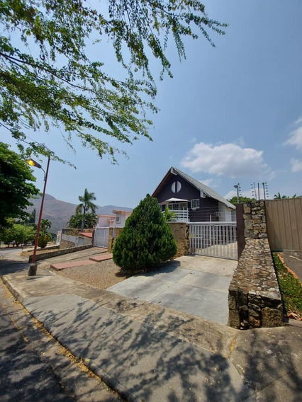 Casa En El Castaño, Las Delicias / Paola Gomez 04144685758