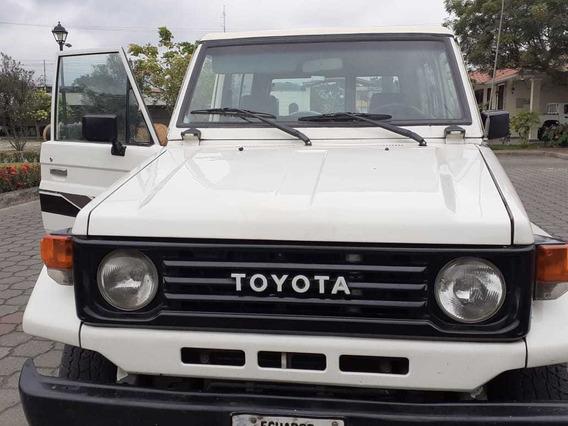 Vendo Toyota Land Crusier 3p 4x4 Blanco