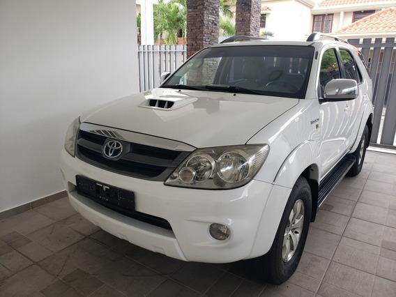 Toyota Fortuner Europea