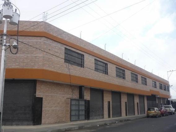 Galpon En Venta Centro Barquisimeto Cod. 21-10284 Mr