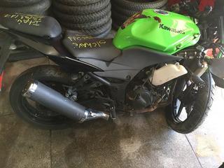 Peças Para Kawasaki Ninja 250 Temos Outras Motos Sucatas