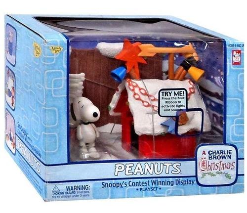 Imagen 1 de 2 de Figura  Charlie Brown Christmas Snoopy  Peanuts