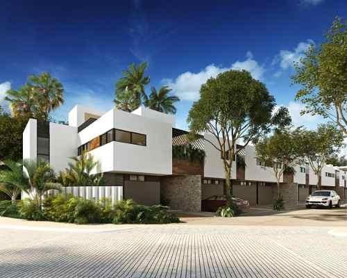 Casa En Venta 3 Recamaras Y Alberca En Playa Del Carmen