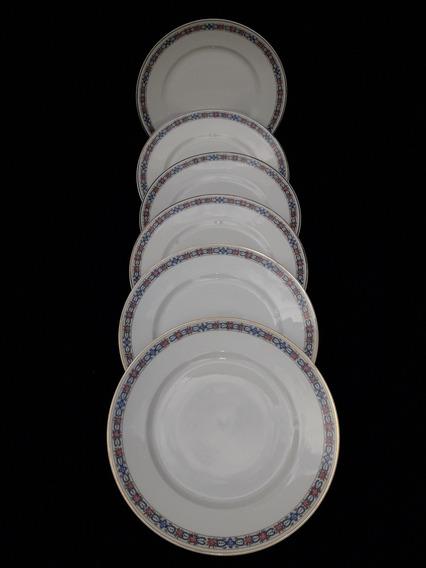 Un Delicado Juego De 6 Platos Playos En Porcelana Limoges