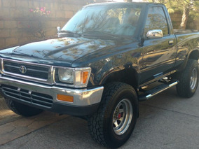 Toyota Pick Up 1993 4x4 4 Cilindros Legalizada