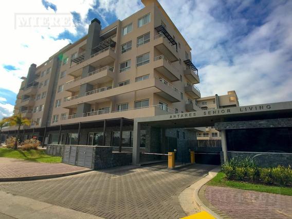 Departamento En Venta - Antares, Edificio Metallo - Unidad En Planta Baja Con Amplio Jardín