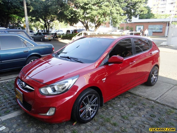 Hyundai I25 Accent Gl At 1600