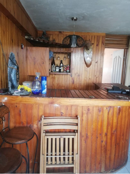 Apartamento En Venta Catia-goc/04248929160