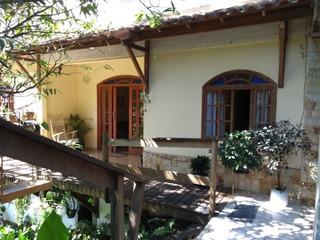 Excelente Imóvel Tipo Casa, Área Externa E Jardim