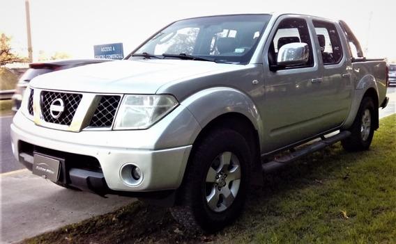 Nissan Frontier 2.5 Le Cab Doble 4x4 Tap. Cuero