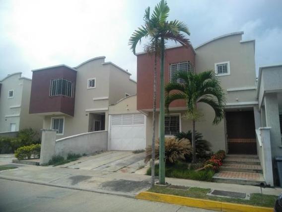 Casa En Venta Barquisimeto Ciudad Roca 20-5762 Mym