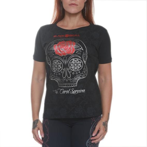 Camiseta Feminina - Carol Saraiva - Black Skull Clothing
