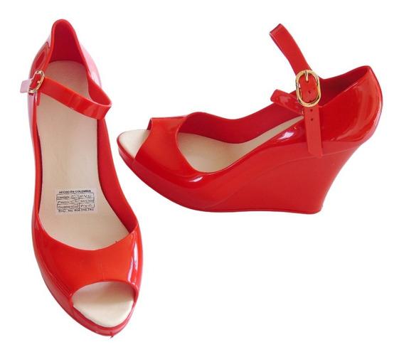 Sandalias Con Tacón Corrido Maria José - Color Rojo - Pvc