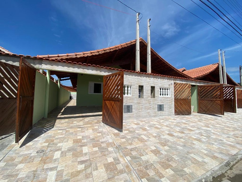 Casa Nova À Venda Com Piscina Em Mongaguá. 1251 M H