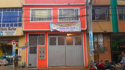 Muy Bonita Casa En Avenida Principal Para Vivienda Y Negocio