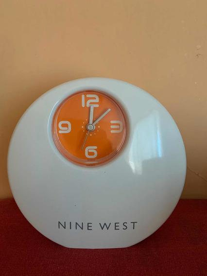 Reloj Despertador Nine West