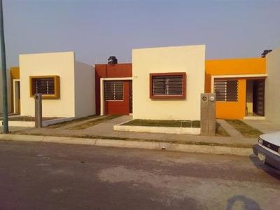 Casa Sola En Venta Hacienda Del Nogal