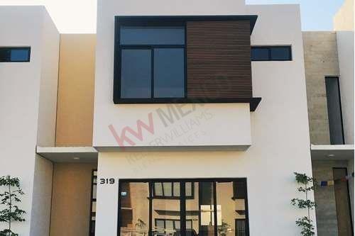 Casa Nueva En Renta En El Nuevo Residencial Vilanova. A 10 Min De La Playa A Un Costado De Nuevo Vallarta.