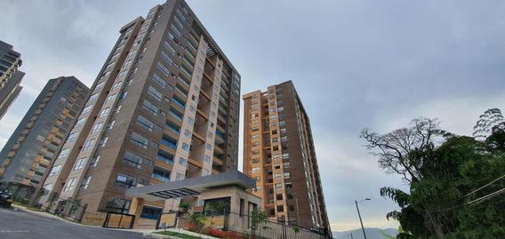 Apartamento En Loma De Las Brujas Rah Co: 20-302