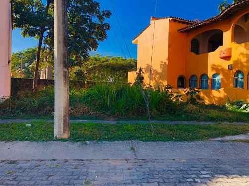 Terreno Residencial En Colonia Las Gaviotas Puerto Vallarta
