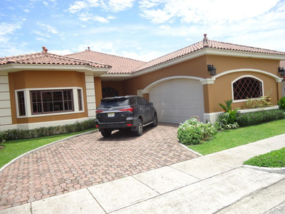 Vendo Casa De Lujo En Ph Sunset Coast, Costa Sur 19-3823**gg