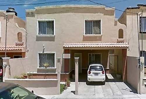 Casa En Ramos Arizpe Coahuila, En El Fraccionamiento Haciendas Iii