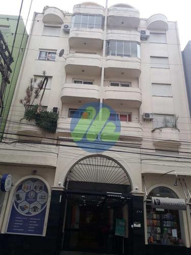 Apartamento Com 1 Dorm, Centro, Pelotas - R$ 160 Mil, Cod: 172 - V172
