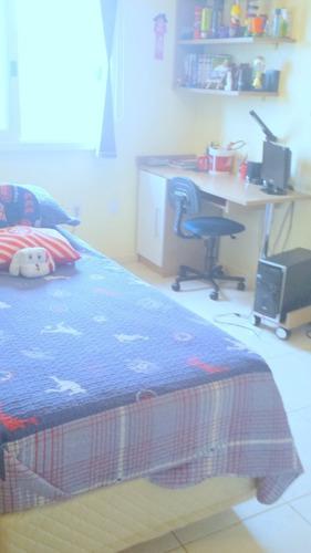 Casa De 3 Dormitórios - 4474
