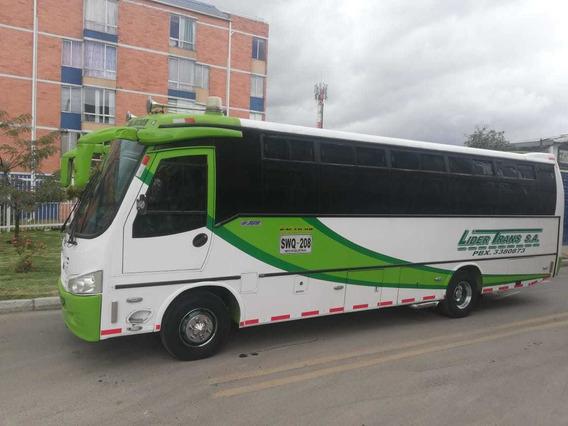 Bus, Marca Hino