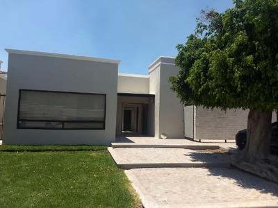 Se Renta Casa De Una Planta En Juriquilla