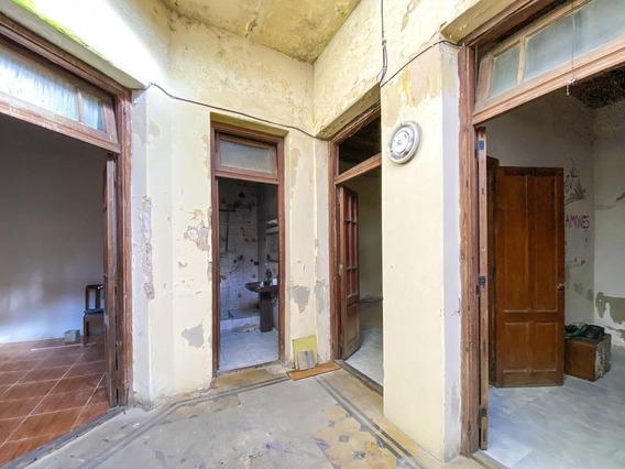 Casa De Pasillo De 3 Dormitorios A Reciclar