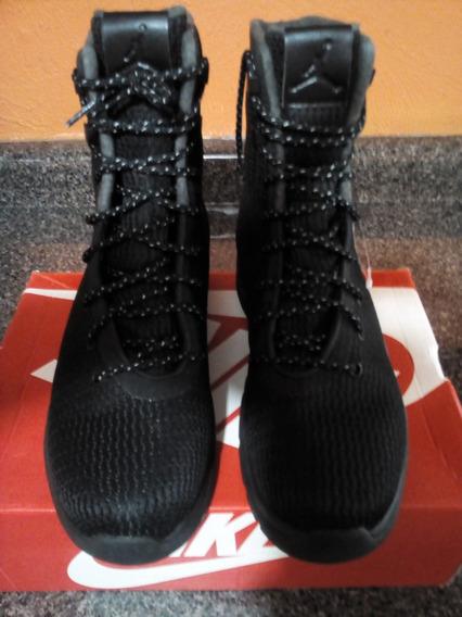 Botas Air Jordan Future, Color Negro, 26.5 Cm.