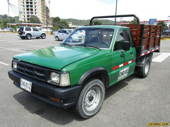 Estacas Mazda B-2000