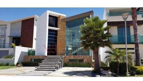 Venta De Casa Residencial $8,600,000 En Fracc. La Excelencia,zona Plateada Pachuca, Hgo.