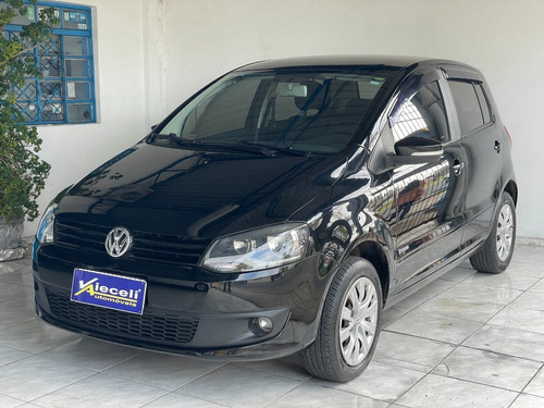 Imagem 1 de 9 de Vw Volkswagen Fox I-trend 1.6 8v 2013