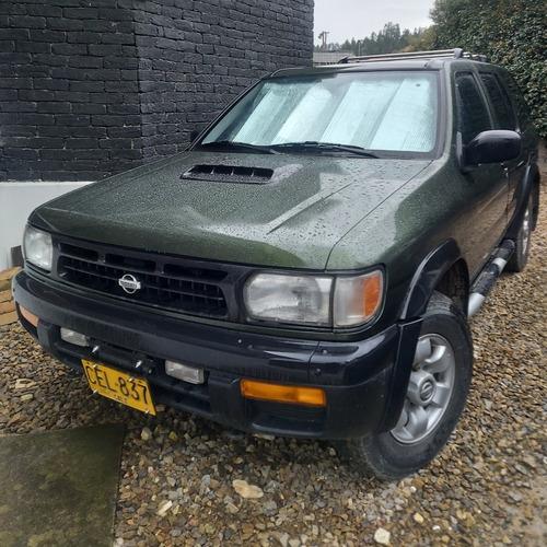 Nissan Pathfinder 1996 3.3 R50 Lux