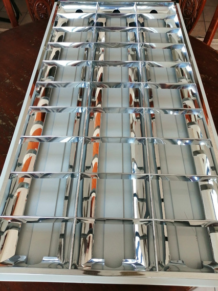 Gabinete De 120cm X 60cm C/3 Tubos De Led 18w C/u 6000°k