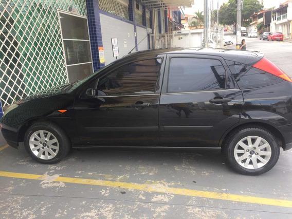 Ford Focus 1.8 5p 2002