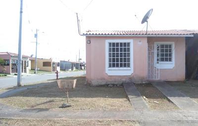 Se Alquila Casa En Buena Vista, Tocumen B/.350.00 Por Mes