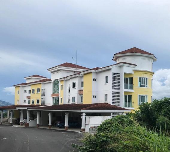 Apartamento Amoblado En Venta En Amador 20-251 Emb