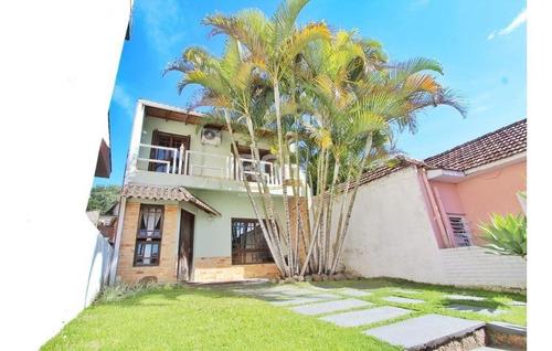 Casa Em Teresópolis Com 5 Dormitórios - Bt1153