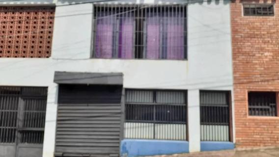 Local Comercial En Alquiler, Centro La Guacara.