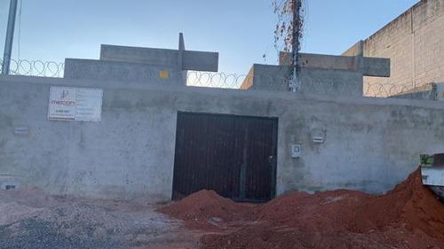 Imagem 1 de 2 de Casa Térrea Com 3 Quartos - 353-v