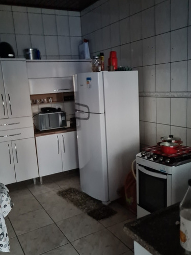 Casa 2 Quarto, Sala , Cozinha , Área,  Churrasqueira.
