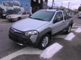 Fiat Strada 1.8 16v Adventure 1.8 2013