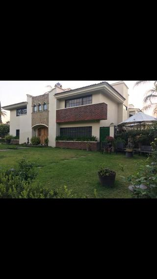 Venta De Espectacular Casa En Valle Real, Zapopan